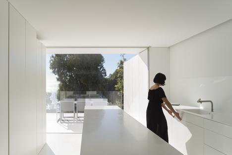 House in Santa Pola by Fran Silvestre Arquitectos