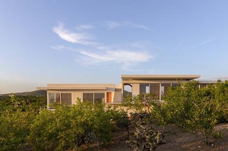 Casa Nivana, a desert hideaway by RED Arquitectos