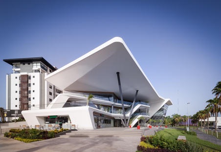 Meet Point Cumbres, a sustainable mall in Cancun by Sanzpont Arquitectura