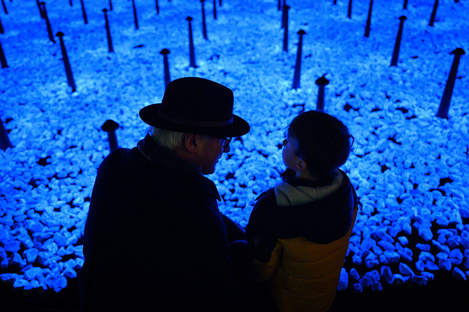 LEVENSLICHT, an installation by Studio Roosegaarde to commemorate Shoah