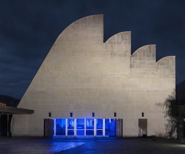 Jacques Toussaint in Riola in the church designed by Alvar Aalto