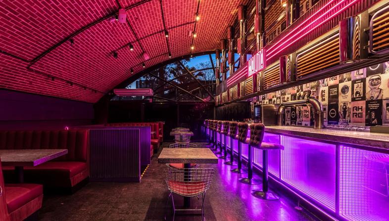 Pink Power: Malita by Hitzig Militello Arquitectos