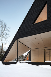 Cabin A, architecture to love, by Bourgeois / Lechasseur architects