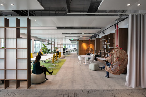 The Core: garage-to-office transformation for CBRE in Amsterdam
