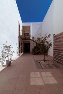 RED Arquitectos is behind Traspatio, a refurbishment in Puebla