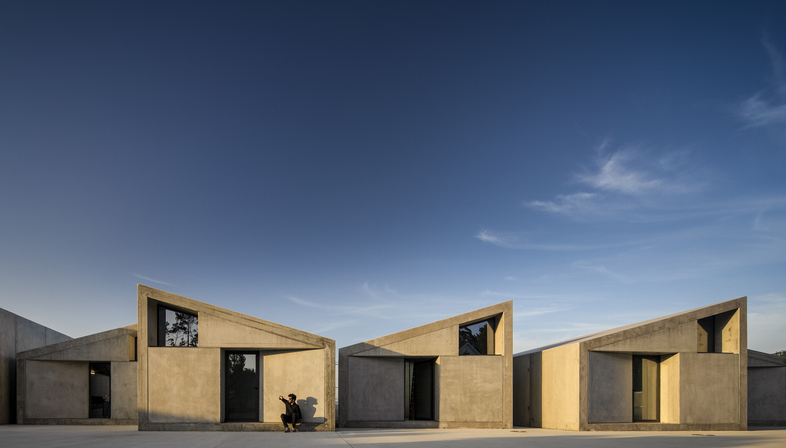Housing created by Summary, when prefabrication goes creative