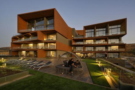 India, Aria Hotel by Sanjay Puri Architects