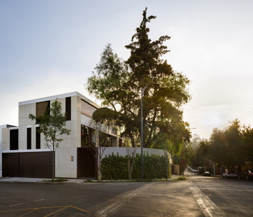 ALENCASTRE 360, a house in Mexico City by HEMAA