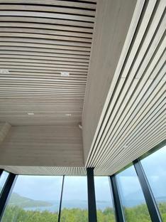 Senja, a retreat in Norway by Bjørnådal Arkitektstudio