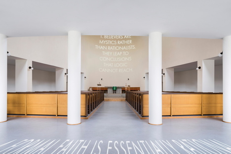 Sentences after Conceptual Art, installation by Petr Dub