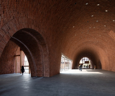 Imperial Kiln Museum di Studio Zhu-Pei, history and materials