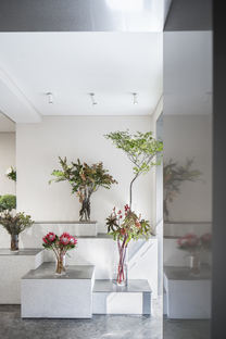 Absolute Flower Shop by More Design Office