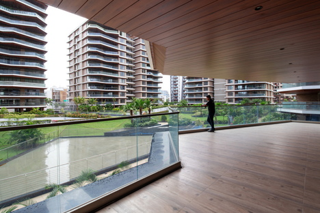 Sanjay Puri Architects EXCELLENSEAA 126 for Happy Homes