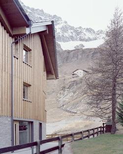 LCA architetti's Climbers' Refuge