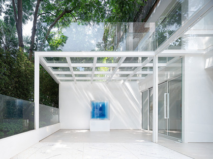 DA INTEGRATING LIMITED designs the KennaXu Art Gallery in Shenzhen