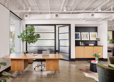 Clayton Korte's Design Office: a conversion in Austin, Texas