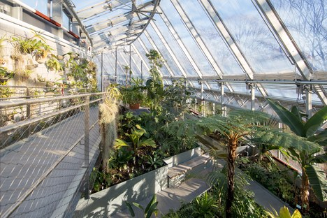 The Global Flora Conservatory: a sustainable botanical collection