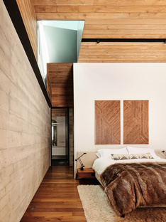 Forest House by Faulkner Architects, living in the woods