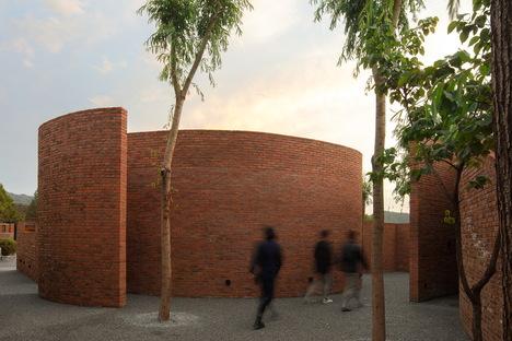 llLab. studio renovates Brickyard Retreat