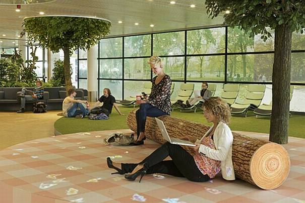 Amsterdam Airport Unveils Its Relaxing Green Lounge Livegreenblog