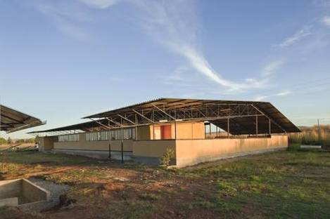 Iphiko – an environmentally efficient elementary school in a township near Johannesburg
