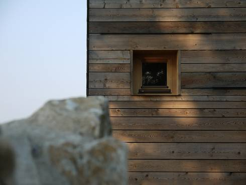 New ecoefficient version of an old rural home livegreenblog for Carbon neutral home designs