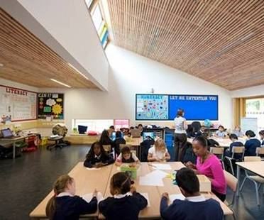 St Luke's elementary school by Architype is the first BREEAM Excellent Primary School in Britain