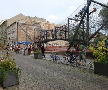 "Urban space regained: ""Das Netz"" in Berlin, NL Architects"