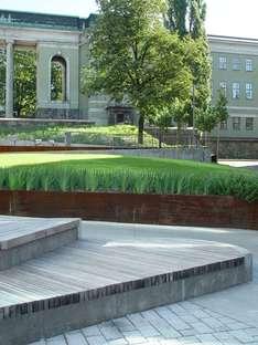Landscaping in the centre of Oslo: Schandorff Square, Østengen & Bergo AS
