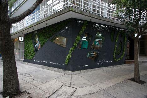 U Store, Taller13 and the green facade.