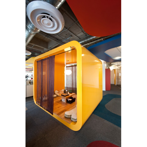 Distinguishing marks google mx interior by j c baumgartner for Office design instagram