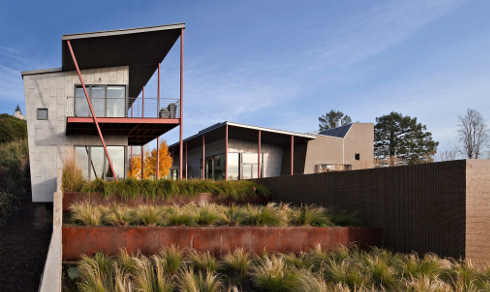 The Berkeley Courtyard House Focuses On Nature Not Just Through Its  Harmonious Position On The Site And In The Classical, Streamlined Landscape  Design U2013 It ...