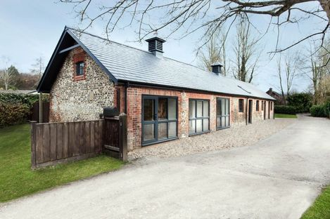 From stables to stars. Manor Stable House, AR Design Studio.