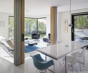 Living in the country with contemporary architecture. 1100 Architect.