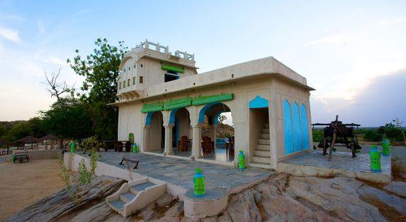 """Lakshman Sagar Resort. """"Zero kilometre"""" design."""