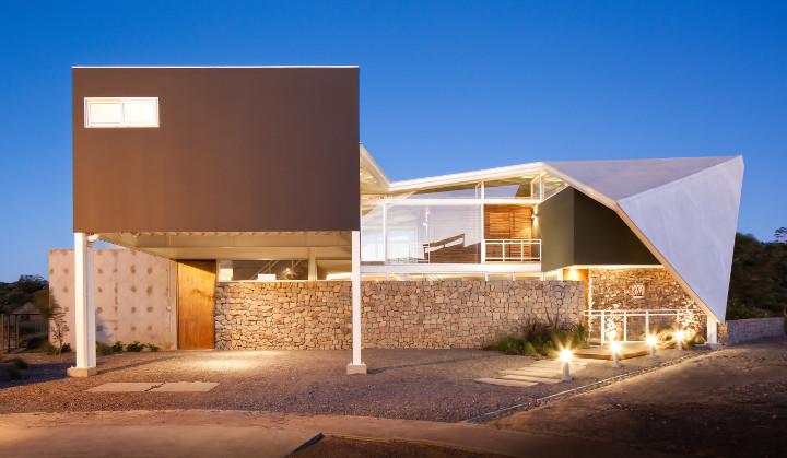 Jose Roberto Paredes, Principal Of The Architecture And Design Firm  Cincopatasalgato, Designed U201cLa Piscuchau201d, A Home In The San Salvador Hills.