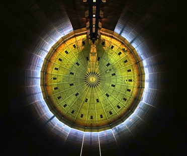 320° Licht, light installation by Urbanscreen at the Gasometer Oberhausen