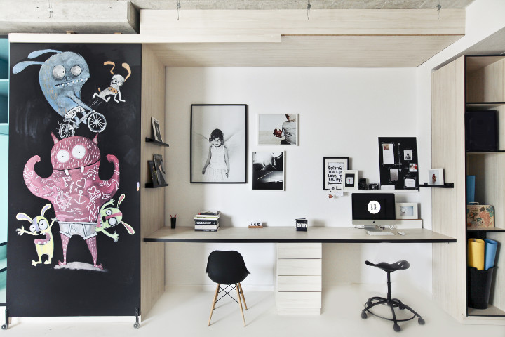 input creative studio designs a photography studio in new york livegreenblog. Black Bedroom Furniture Sets. Home Design Ideas