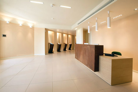 Improving commercial spaces with raised floors