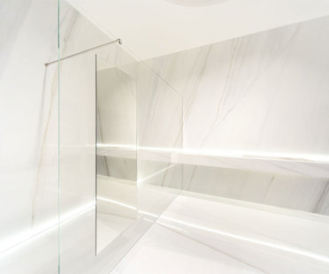 Elegance and strength: Ultra Marmi maxi-tiles
