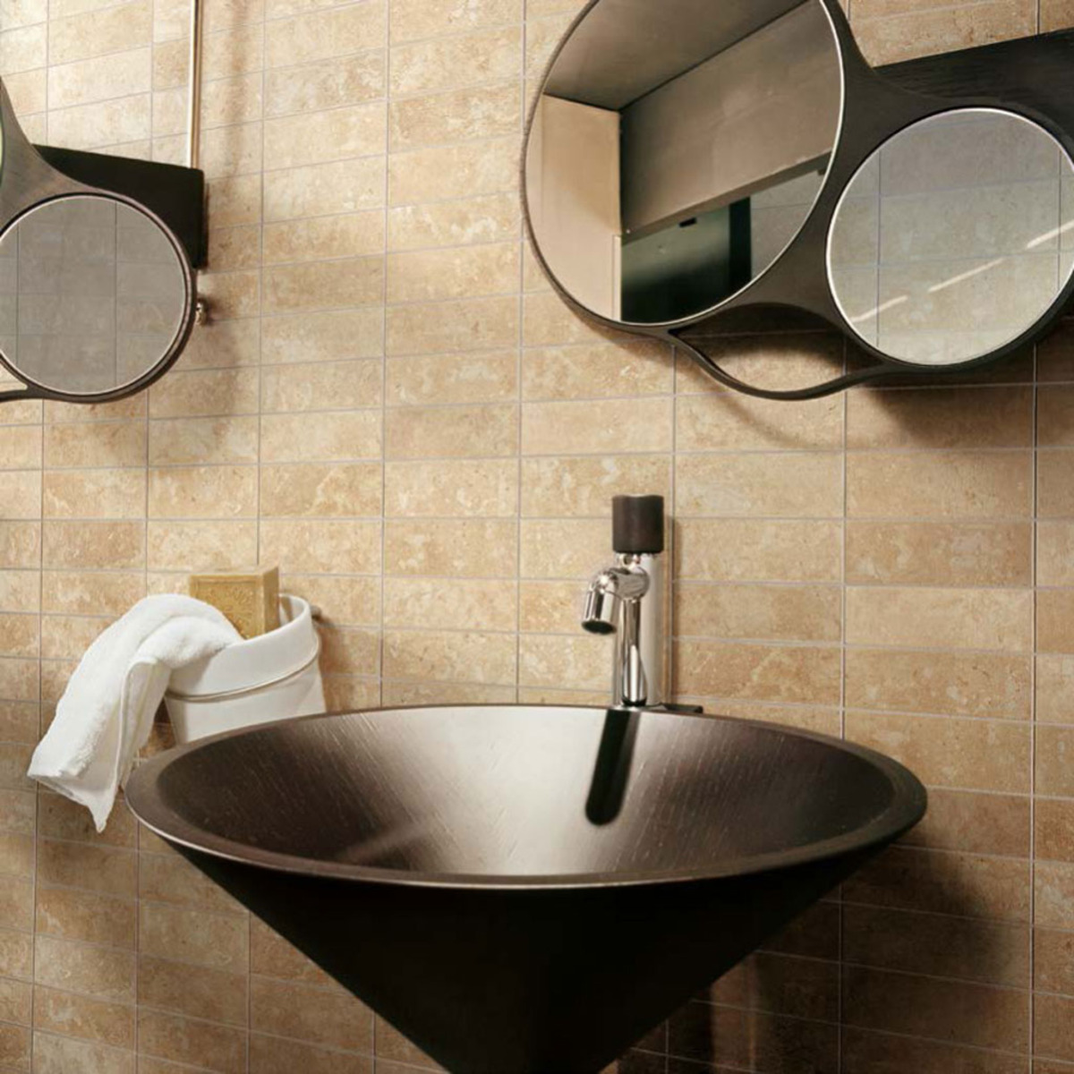 The importance of size and shape in Stonepeak porcelain tiles