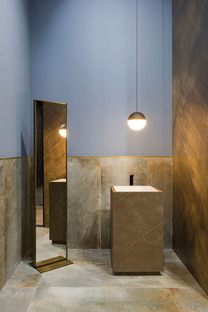 Decorating and customising spaces: DYS technology on Fiandre ceramic slabs