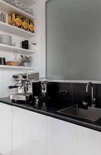 Dark kitchen countertops for every style of contemporary kitchen