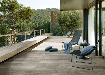 A warm and relaxing ambience with wood-effect technical ceramics