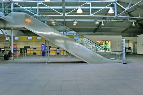 Parma Airport, Ariostea High-Tech natural stones