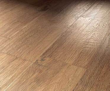 Wood-effect porcelain tiles for floors<br />