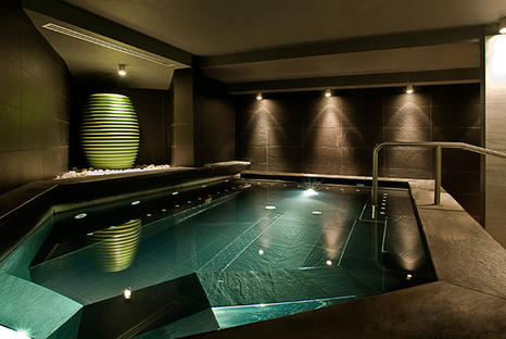Places of pure wellness with natural high-tech stones