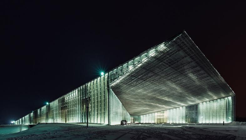 Tõnu Tunnel, photographing in Estonia