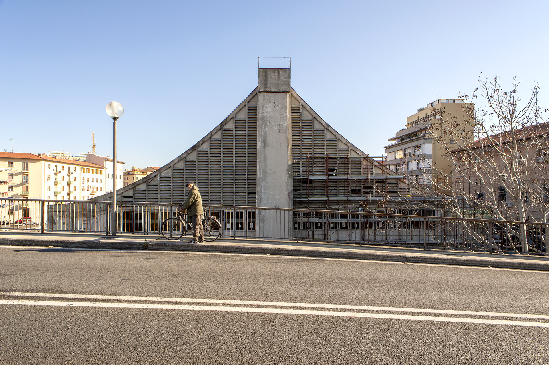 Piergiorgio Corradin. The fish market in Livorno, Italy.