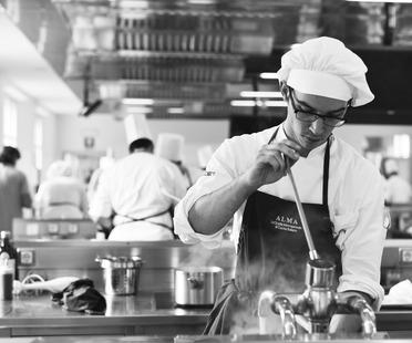 Alma-International School of Italian Cuisine: the secret to its success. <script> </script>